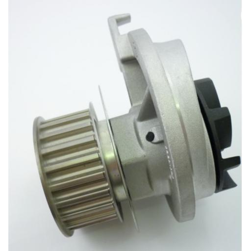Vauxhall (C20XE) water pump early type