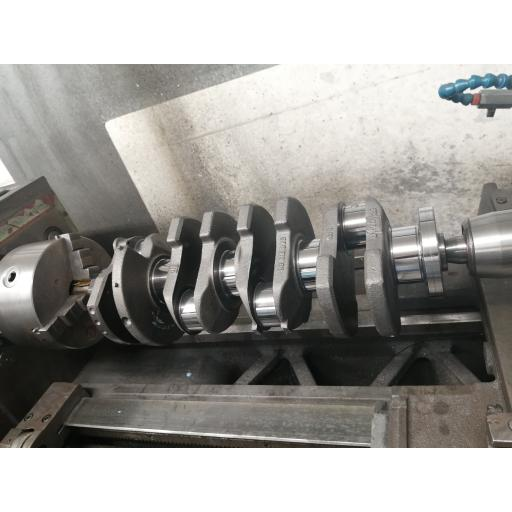 Crankshaft polishing 4 to 8 cylinder engines